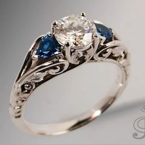 925 Silver blue & white sapphire ring size 7